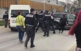 VIDEO: Protestniki na Viču skušali preprečiti deportacijo Sircev