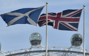 Škotski parlament bo glasoval o novem referendumu o samostojnosti