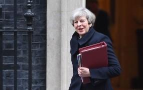 Britanska premierka po napadu: Ne bomo zvišali stopnje ogroženosti