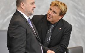 Kam je zajadral Jelinčičev poslanec Prijatelj po prihodu iz zapora