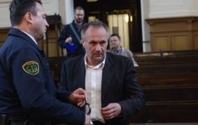 Casiraghi trdi, da so ga poskušali umoriti, zdravnica pa: Le pomirjevalo sem mu dala!