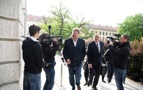 VSO: Bavčar je bil obsojen, množice postopkov zoper Jankovića pa stojijo