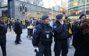 Policija preučuje tudi možnost, da so za napadom v Dortmundu islamski skrajneži