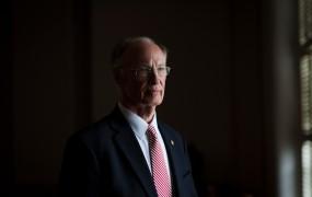 Seks škandal odnesel še enega konservativnega ameriškega politika