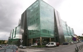 V Sloveniji premalo zdravnikov za nadzor ob smrti 14-letnika na pediatriji