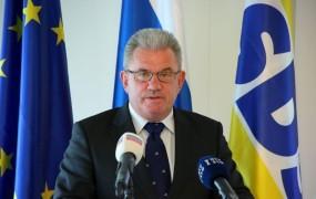 SDS izpostavlja ključne ekonomske ukrepe: Država ven iz gospodarstva!