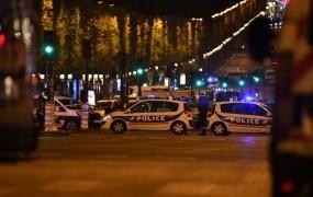 Osumljenec za napad v Parizu se je predal belgijski policiji