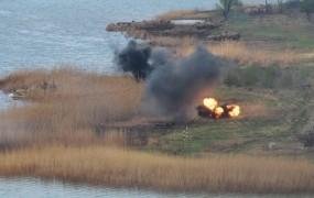 Mina na vzhodu Ukrajine ubila opazovalca Ovseja