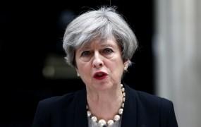 Mayeva danes na pogovore k Junckerju o brexitu