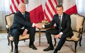 Macron in Trump za skupen odgovor na morebiten kemični napad v Siriji
