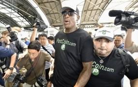 Dennis Rodman na obisku pri prijatelju Kim Džong Unu