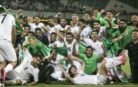 Verski skrajneži v Iranu ženskam preprečujejo oglede nogometnih tekem