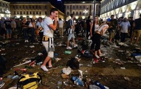 V Torinu umrla ženska, poškodovana v stampedu med finalom LP