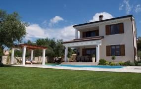 FOTO: Slovenski lastniki luksuznih vil z razgledom na Kvarner