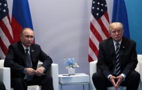 Putin vrača udarec ZDA: iz Rusije bi nagnal 755 ameriških diplomatov