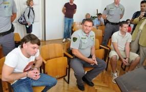 Olovcu in Kovaču za FB umor po več kot 20 let zapora