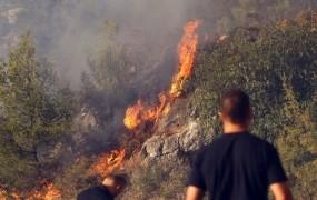 V Šibeniku prijeli 51-letnico, ki jo sumijo podtikanja požarov