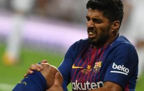 Udarci za Barcelono se vrstijo, mesec dni bo brez Suareza
