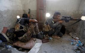 """Sirski uporniki s pomočjo ZDA """"čistijo"""" prestolnico džihadistov Rako"""