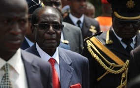 Mugabe je končno le odstopil