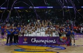 Vlada sramotno podcenjuje zlate košarkarje: dala bi jim pol manj, kot je sebi nakazala za referendum