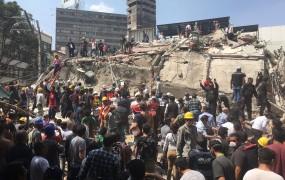 VIDEO: Grozljivka v Mehiki: v potresu več kot dvesto mrtvih, stavbe so dobesedno razpadale