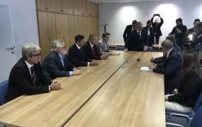 Pahor ob vložitvi kandidature: Imam dober občutek