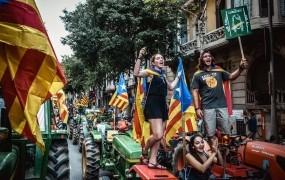 Bo Madrid po današnjem dnevu odvzel avtonomijo Kataloniji?