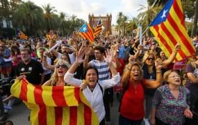 Madrid spet grozi z odvzemom avtonomije Kataloniji