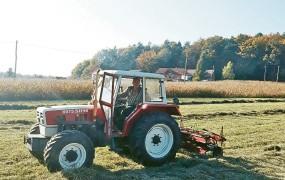 Tožilski lov na 37 let star traktor Franca Kanglerja