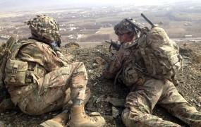 Američane vojna v Afganistanu stane kar 45 milijard dolarjev na leto