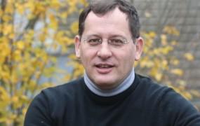 Andrej M. Poznič: Marjan Šarec politično zlorablja vero