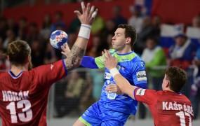 Slovenskih sanj o polfinalu je konec: remi s Čehi premalo za napredovanje