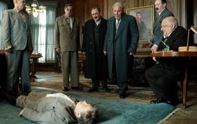 """Rusija umaknila prepoved predvajanja """"žaljivega"""" filma Stalinova smrt"""