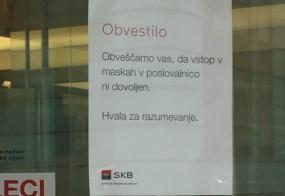 Ni šala! V Ljubljani prepovedali nošenje burk!
