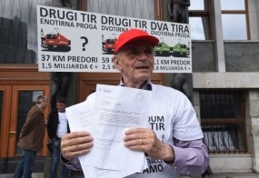 Vili Kovačič bo ovadil Cerarjevo vlado!
