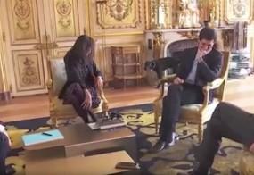 VIDEO: Macronov pes opravlja potrebo kar v kaminu v Elizejski palači
