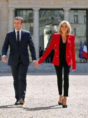 Brigitte Macron, ženska, ki je obsedla Francoze