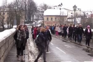 VIDEO: Voden ogled Novega mesta v počastitev Leona Štuklja