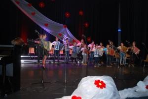 FOTO: Dobrodelni koncert semiških šolarjev