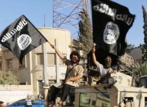 Džihadistični pokol v Siriji: Islamska država v puščavi ubila 116 ljudi
