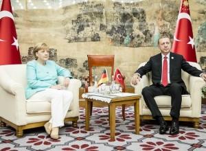Erdogan nemške Turke poziva, naj ne volijo CDU Merklove, SPD ali Zelenih