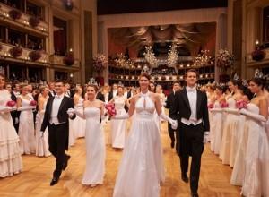 Na Dunaju drevi prestižni 61. operni ples