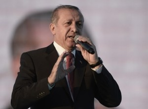 Erdogan podprl Katar: Ne vdajte se arabskemu izsiljevanju