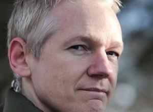 Ekvadorski predsednik priznal: Z Assangeom imamo predvsem probleme