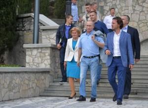 Putin je z obiskom Krima razburil Ukrajino