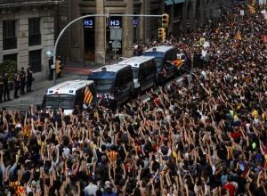 Katalonci ne popuščajo, ukazov iz Madrida ne bodo ubogali
