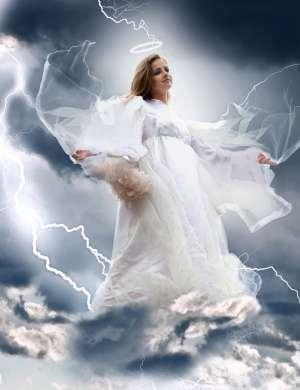 Če se v sanjah vi spremenite v angela, je pred vami čas sprememb.