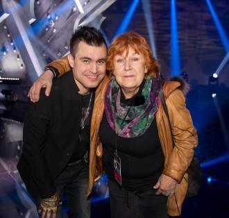 Omar Naber z materjo Alenko