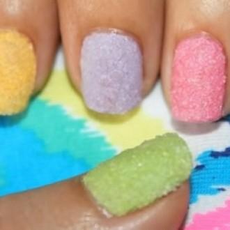 Nanesite pastelne spomladanske barve!